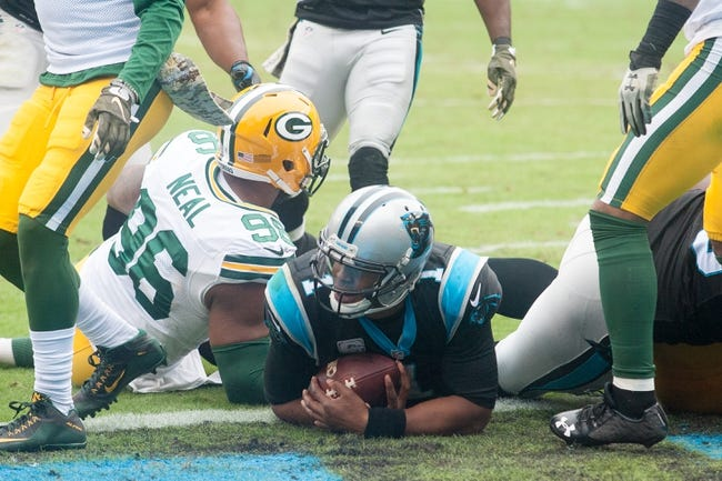 Green Bay Packers at Carolina Panthers 11/8/15 NFL Score, Recap, News and Notes