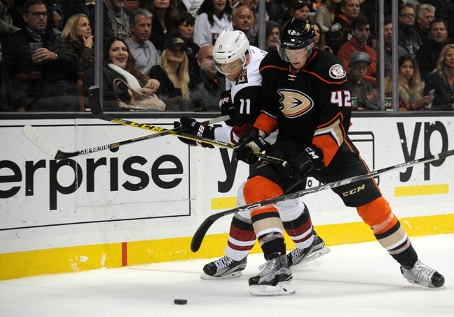 Arizona Coyotes vs. Anaheim Ducks - 11/25/15 NHL Pick, Odds, and Prediction
