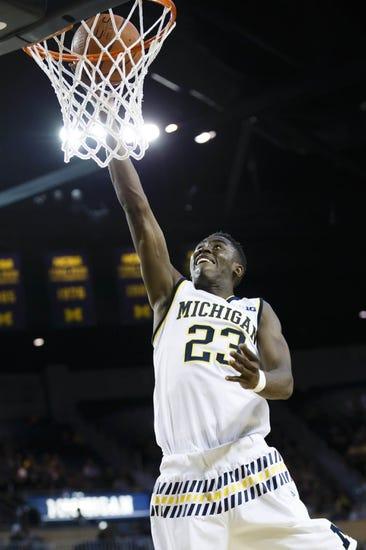 Michigan vs. Elon - 11/16/15 College Basketball Pick, Odds, and Prediction
