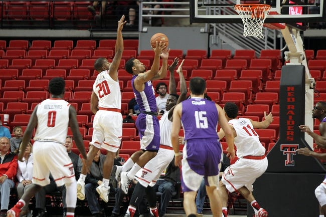 South Carolina Gamecocks vs. High Point Panthers - 3/15/16 College Basketball Pick, Odds, and Prediction