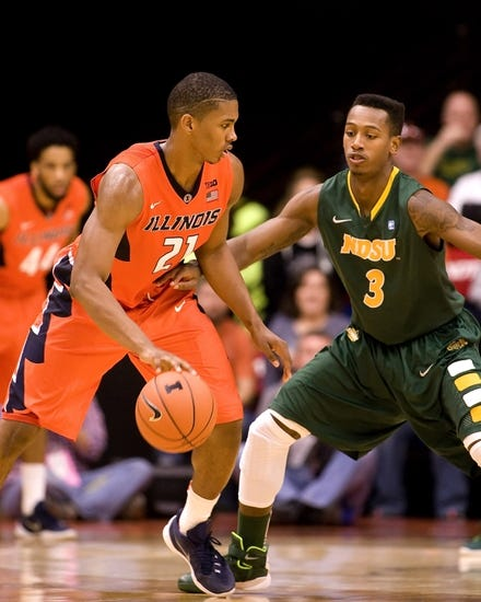 Illinois Fighting Illini vs. Chattanooga Mocs - 11/21/15 College Basketball Pick, Odds, and Prediction