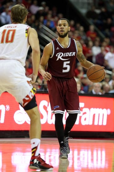 Houston Baptist Huskies vs. Rider Broncs - 11/25/15 College Basketball Pick, Odds, and Prediction