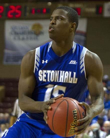 Seton Hall Pirates vs. Georgia Bulldogs - 11/28/15 College Basketball Pick, Odds, and Prediction