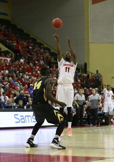 Dayton Flyers vs. Monmouth Hawks - 11/27/15 College Basketball Pick, Odds, and Prediction