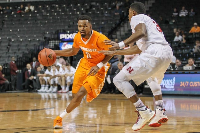 Tennessee vs. Florida Atlantic - 12/16/15 College Basketball Pick, Odds, and Prediction