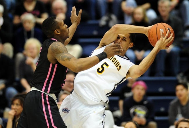 Monmouth Hawks vs. Canisius Golden Griffins - 1/4/16 College Basketball Pick, Odds, and Prediction