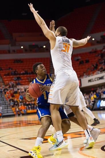 Utah Valley Wolverines vs. UMKC Kangaroos - 3/10/16 College Basketball Pick, Odds, and Prediction