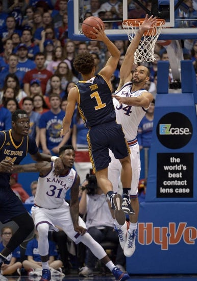 UC Irvine Anteaters vs. UC Davis Aggies - 1/7/16 College Basketball Pick, Odds, and Prediction