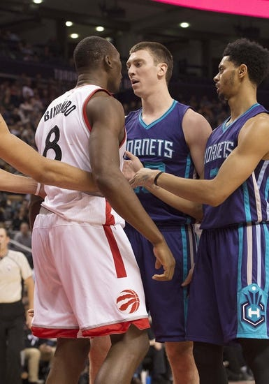Toronto Raptors vs. Charlotte Hornets - 4/5/16 NBA Pick, Odds, and Prediction