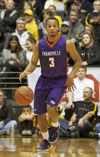 Evansville Purple Aces vs. Loyola of Chicago Ramblers - 1/19/16 College Basketball Pick, Odds, and Prediction