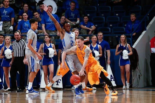 Wyoming vs. Utah State - 2/6/16 College Basketball Pick, Odds, and Prediction