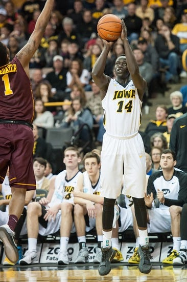 Penn State Nittany Lions vs. Iowa Hawkeyes - 2/17/16 College Basketball Pick, Odds, and Prediction