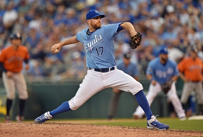Royals Offense Comes to Life Against Astros