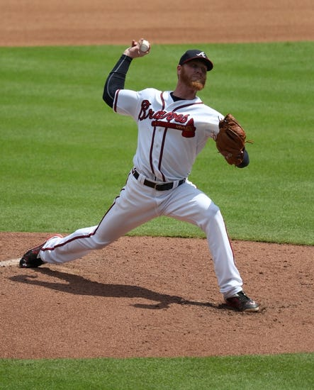 Braves beat Padres 5-2 on opening night at new stadium