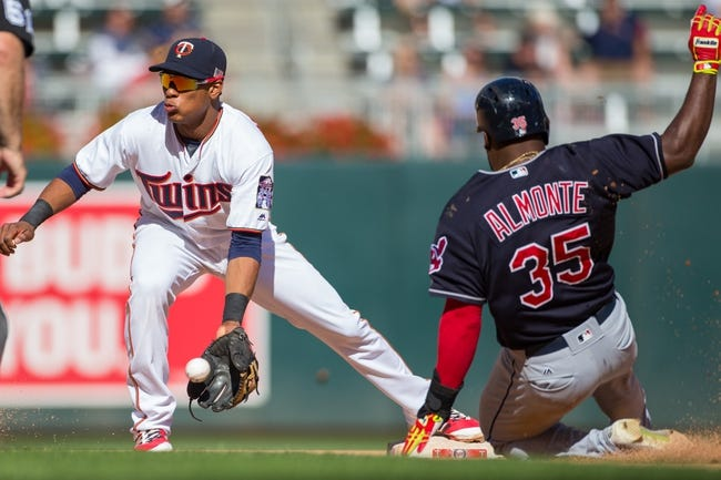 Indians rough up Twins