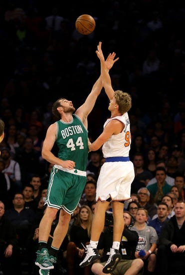 Boston Celtics vs. New York Knicks - 10/19/16 NBA Preseason Pick, Odds, and Prediction