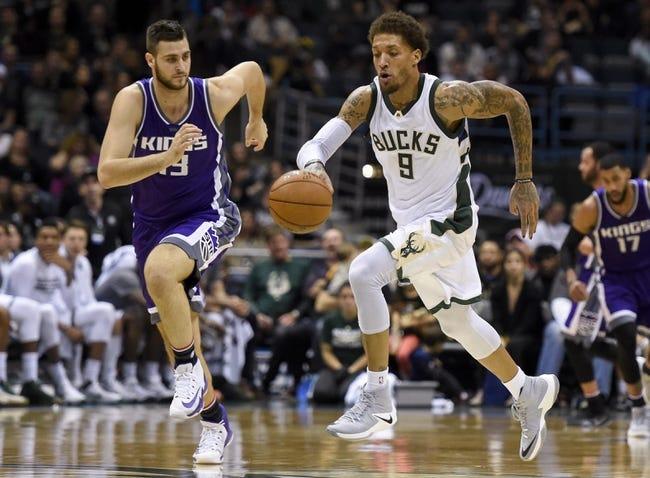 Antetokounmpo's 32 points lead Bucks over Kings,