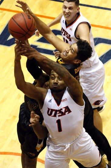 Texas State vs. UTSA - 11/15/17 College Basketball Pick, Odds, and Prediction
