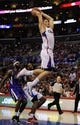 Apr 12, 2014; Los Angeles, CA, USA; Los Angeles Clippers forward Blake Griffin (32) goes up for a dunk against the Sacramento Kings during the fourth quarter at Staples Center. The Los Angeles Clippers won 117-101. Mandatory Credit: Kelvin Kuo-USA TODAY Sports